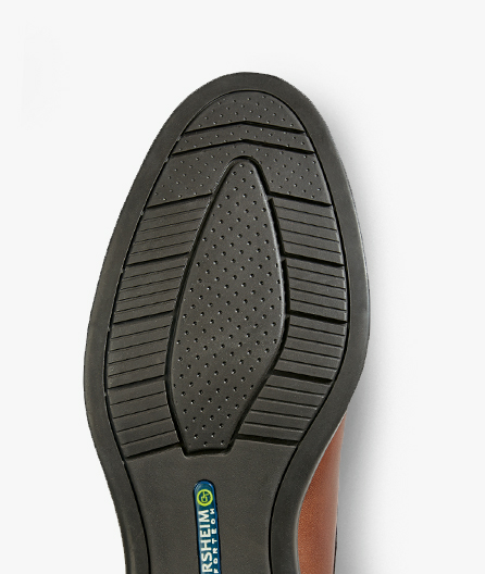 Slip-resisting flexible rubber outsole for all-day comfort and improved all-weather traction.